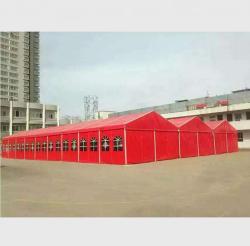 红色大型篷房